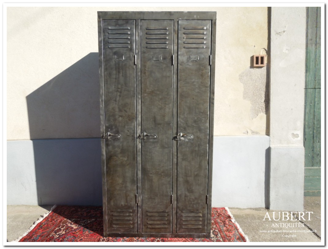 Antiquit s brocante aubert brocanteur montpellier antiquaire fabr gues - Armoire industrielle metallique ...