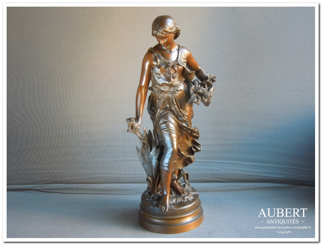 statue en bronze sujet feminin ancien signe H moreau le printemps antiquites 46cm vente brocante antiquaire sete antiquaires montpellier brocanteur montpellier brocanteur sete succession debarras antiquites aubert montpellier fabregues sete beziers gigean antiquaire aubert brocante aubert brocanteur aubert achat antiquites achat brocante vente