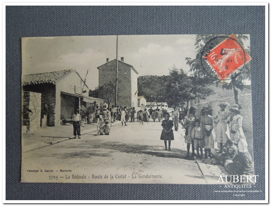 carte postale ancienne La Bedoule dans les Bouches du Rhone la gendarmerie route de la Ciotat antiquites vente brocante antiquaire sete antiquaires montpellier brocanteur montpellier brocanteur sete succession debarras antiquites aubert montpellier fabregues sete beziers gigean antiquaire aubert brocante aubert brocanteur aubert achat antiquites achat brocante vente
