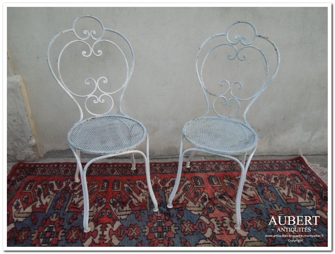 chaise antiquaire best achat de chaises scandinaves en skai les bains with chaise antiquaire. Black Bedroom Furniture Sets. Home Design Ideas
