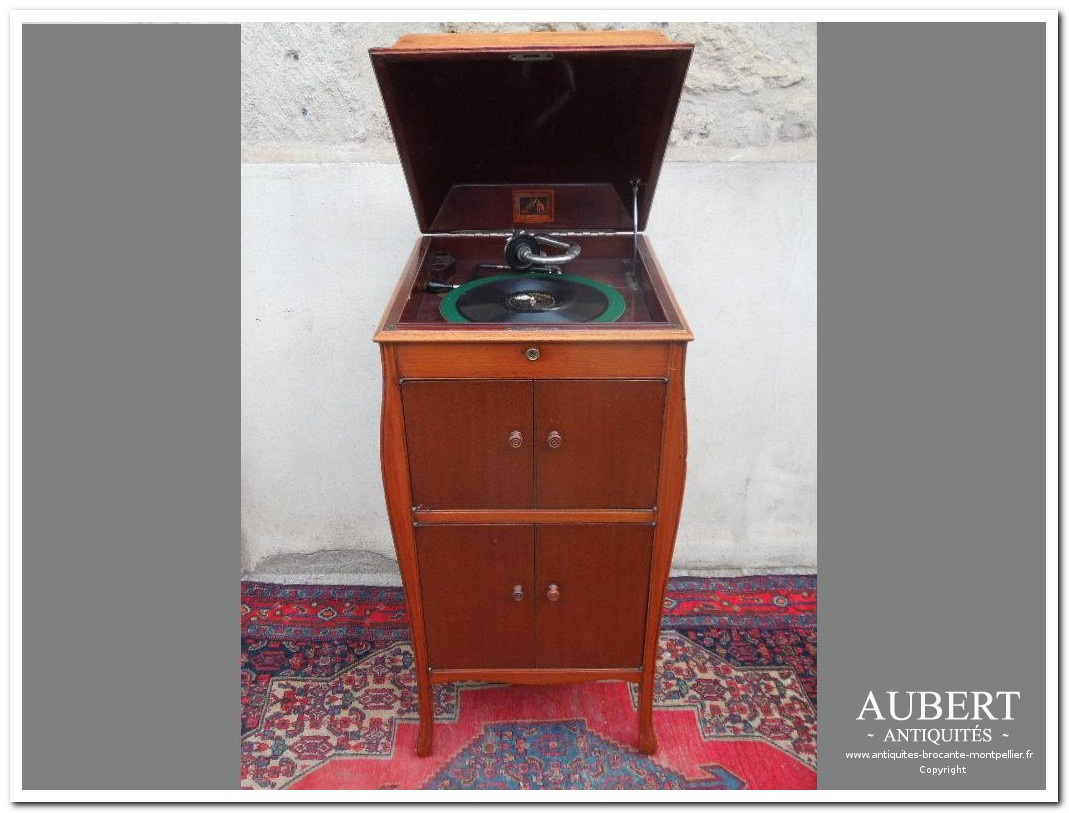 gramophone phonographe tourne disque ancien epoque art deco me marque la voix de son maitre antiquites vente brocante antiquaire sete antiquaires montpellier brocanteur montpellier brocanteur sete succession debarras antiquites aubert montpellier fabregues sete beziers gigean antiquaire aubert brocante aubert brocanteur aubert achat antiquites achat brocante vente