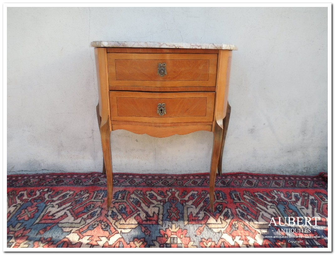 petite commode sauteuse 2 tiroirs de style plateau marbre achat antiquites achat brocante vente antiquites vente brocante antiquaire sete antiquaires montpellier brocanteur montpellier brocanteur sete succession debarras antiquites aubert montpellier fabregues sete beziers gigean