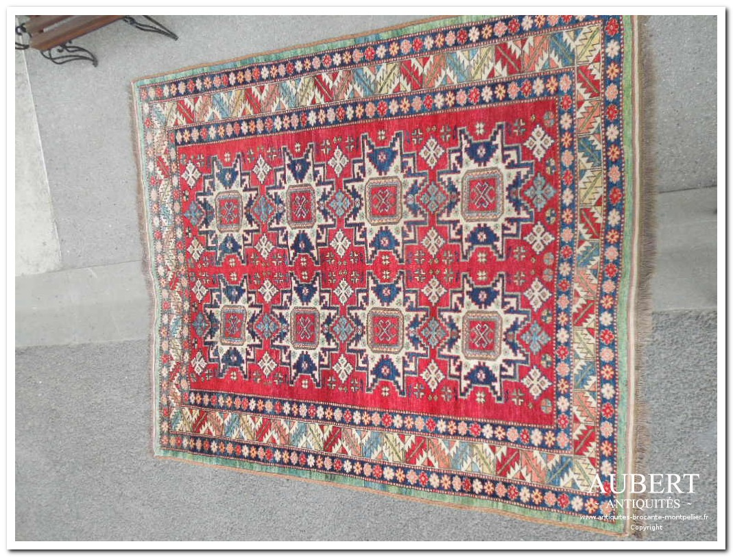 tapis marocain tapis turc tapis caucasien tapis algerien achat antiquites achat brocante vente antiquites vente brocante antiquaire antiquaires montpellier brocanteur montpellier succession debarras antiquites aubert montpellier fabregues sete beziers gigean